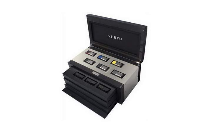 MJ Mega Fun Box Limited Edition - Vertu Ascent Royal Kit